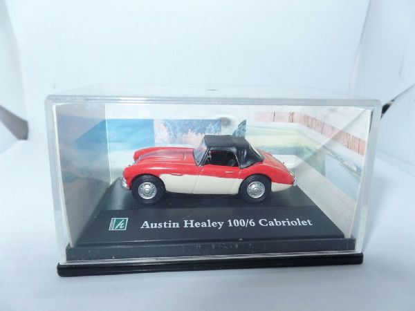 Cararama 1/72  Scale Austin Healey 100/6 Cabriolet Red & White